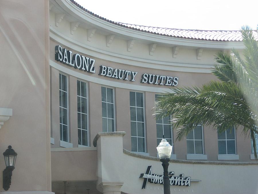 Palm Beach Gardens Legacy Place Salonz Beauty Suites